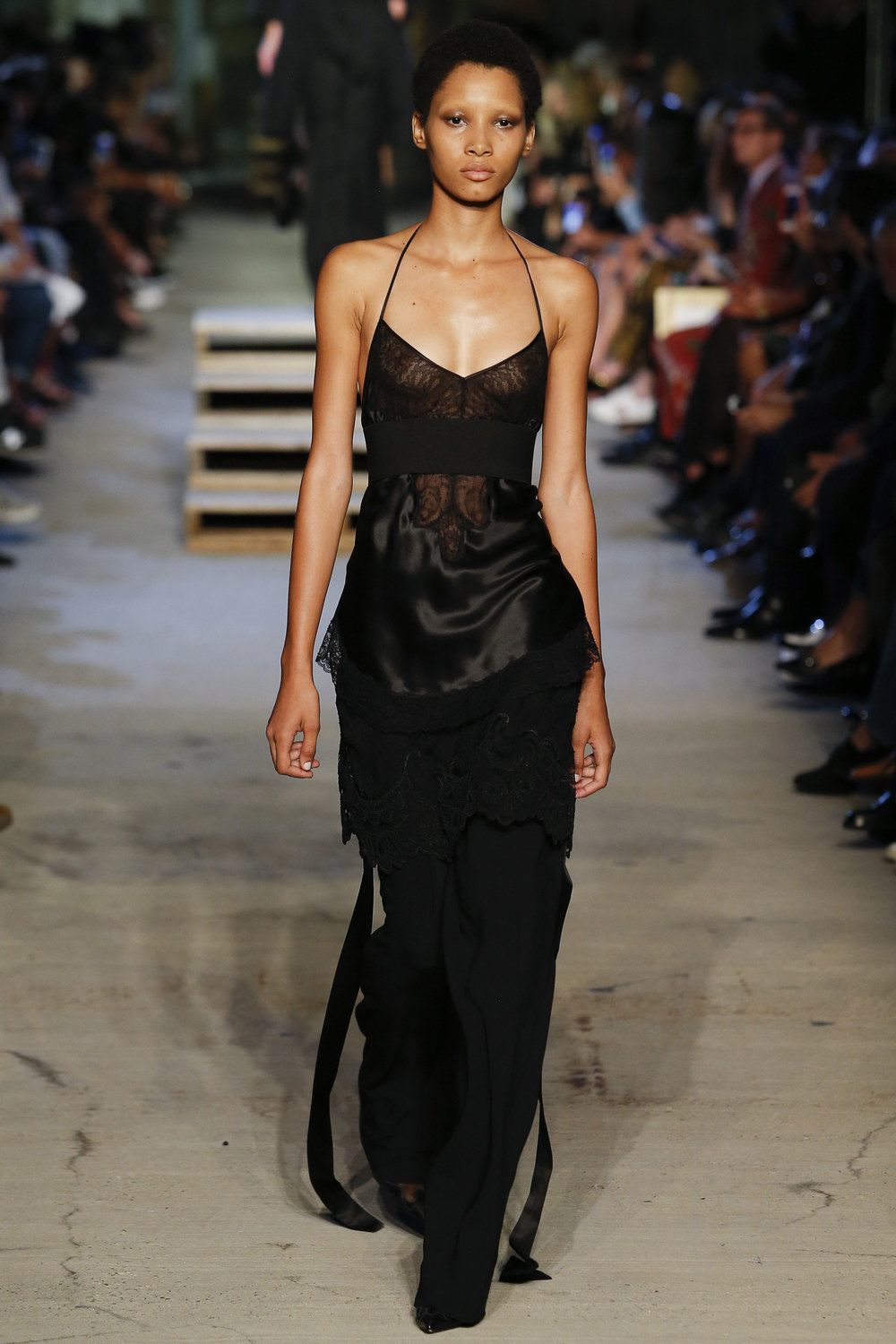 Givenchy+Sp+2016+RTW+-+2