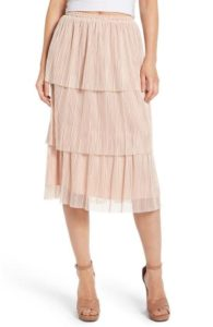 Spring Fashion - Leith Plisse Pleated Midi Skirt - Nordstrom - www.roxannecarne.com