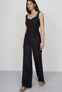 Go to the office in style with this lovely Long Tall Sally Linen Jumpsuit, which is perfect for summer work attire! ~ Roxanne Carne   Personal Stylist