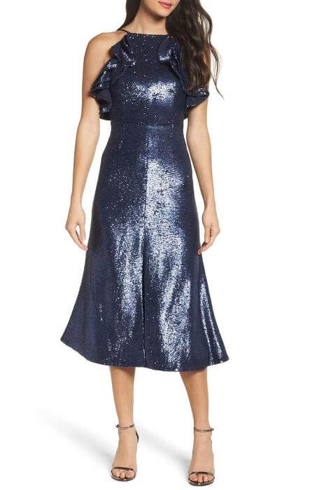 https://click.linksynergy.com/deeplink?id=nNkvB8bmzAQ&mid=1237&murl=https%3A%2F%2Fshop.nordstrom.com%2Fs%2Fsoprano-sequin-stripe-body-con-dress%2F4825548%3Forigin%3Dcategory-personalizedsort%26fashionsize%3DPlus%252012W%2520%280X%29%26fashioncolor%3DGOLD