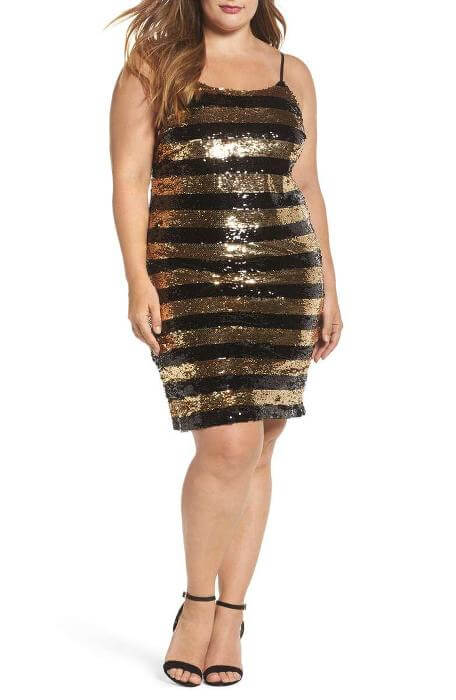 Check out Roxanne Carne   Personal Stylist's Top Ten holiday dresses from Nordstrom! It's full of sparkles and metals - right in line with fall/winter 2017 fashion for women!